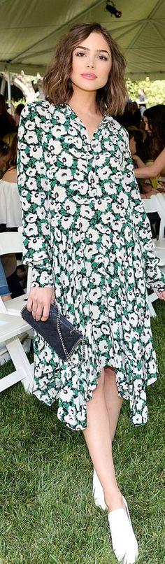 Who made  Olivia Culpo's green print dress and clutch handbag?Stella McCartney
