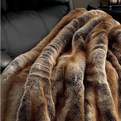 coyote-faux-fur-throw-blankets | Indeed Decor