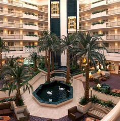 Atrium Embassy Suites Houston Near The Galleria Provided