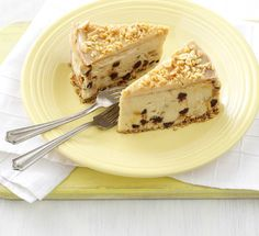 Peanut butter cheesecake with chocolate chips