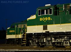High quality photograph of Southern Railway EMD # SOU 6900 at Spencer, North Carolina, USA. Southern Railways, Norfolk Southern, Night Train, Train Pictures, Train Journey, Diesel Locomotive, Train Tracks, Airplane, North Carolina