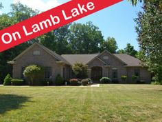 12 best lakefront homes for sale images lakefront homes for sale rh pinterest com