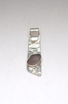 Sea Glass Jewelry Sterling Purple Sea Glass por SignetureLine