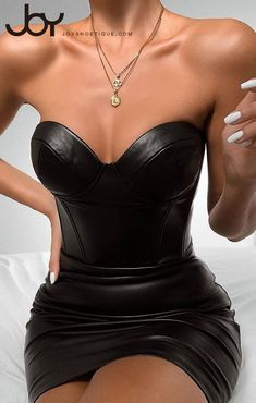 FASHION - B Solid Sweatheart Neck PU Bodycon Dress Drip drip drip…that darn leaky faucet! Elegant Party Dresses, Black Party Dresses, Club Dresses, Sexy Dresses, Short Dresses, Prom Dresses, Womens Fashion Uk, Cute Black Dress, Leder Outfits