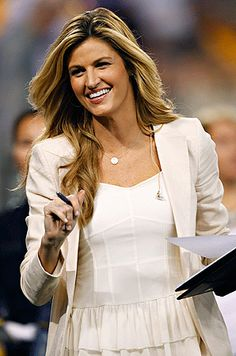 Sportscaster Erin Andrews leaves ESPN after 8 years covering MLB, college basketball, college football (via Sports Illustrated)