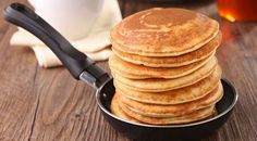 """Ways to use peanut butter for breakfast! """"Swap out butter and syrup on your whole grain waffles or pancakes for peanut butter with just a tiny drizzle of honey for a breakfast with healthier fats and less sugar. Peanut Butter Pancakes, Peanut Butter Breakfast, Pancakes And Waffles, Oatmeal Pancakes, What's For Breakfast, Savory Breakfast, Brunch, So Little Time, Love Food"""