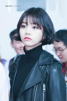 If your bang brings air Kpop Short Hair, Asian Short Hair, Asian Hair, Girl Short Hair, Curled Hairstyles, Girl Hairstyles, Girl's Day Hyeri, Lee Hyeri, Super Short Hair