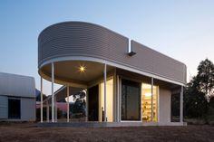 Maisons modernes créées par Benn  Penna Architects - Visit the website to see all pictures http://www.amenagementdesign.com/architecture/maisons-modernes-creees-par-benn-penna-architects