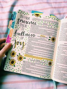 Bible journal – Quotes World Bible Study Journal, Scripture Study, Bible Art, Scripture Journal, Bible Journaling For Beginners, Devotional Journal, Bible Drawing, Bible Doodling, Bible Verses Quotes