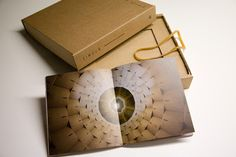 MYCULTUREINBLOG: Esce il catalogo della mostra ZIMOUN. 605 prepared dc-motors, cardboard boxes inaugurata alla Palazzina dei Giardini di Modena