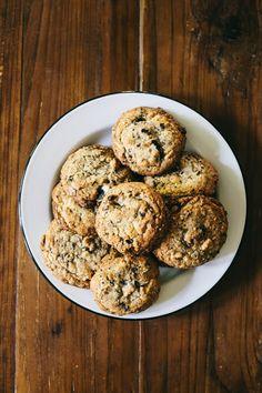 Cookies and Cream Cookies - Hummingbird on High