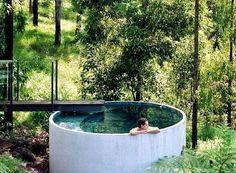 petite piscine hors sol, piscine spectaculaire