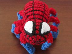 Free Amigurumi Pattern: The Spiderman Spider using Chenille Stems (pipe cleaners) for Posable legs