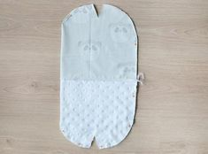 Hur man fodrar en mössa – Threads by Caroline Hat Patterns To Sew, Baby Patterns, Sewing Patterns, Love Sewing, Baby Sewing, Knitting Projects, Sewing Projects, Sewing Scarves, Bonnet Crochet