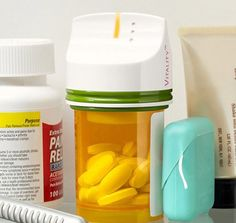 Smart Pill Dispensers Remind You to Take Your Meds