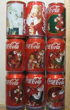 Coca-Cola Christmas Cans Coca Cola Santa, Coca Cola Christmas, Coca Cola Bottles, Coke Cans, Coca Cola Decor, Always Coca Cola, World Of Coca Cola, Good Ole, Pepsi