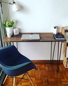 Très beau bureau en métal et bois. DIY avec les pieds RIPATON et customisez vos…