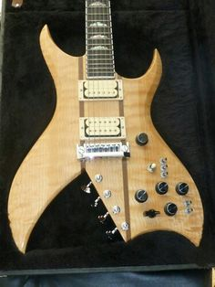 BC Rich Bich: Cool design and Lots of knobs and switches!