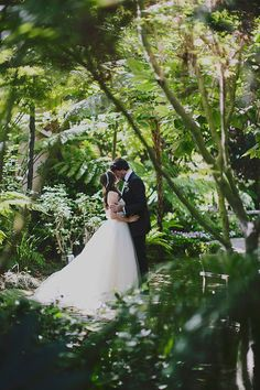 Jewish Bel Air wedding | Photo by Our Labor of Love | Event planning Bash Please | 100 Layer Cake