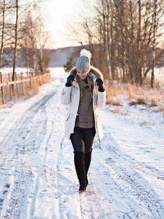http://monasdailystyle.fitfashion.fi/2016/01/28/sun-snow/