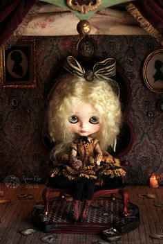 "At the end you can see ""the light"" by Rebeca Cano ~ Cookie dolls, https://www.facebook.com/CookieDolls"