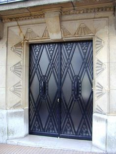 Paris, France: 3 Rue Raffet: door (art deco, 1929, architect Ch. Plumet)