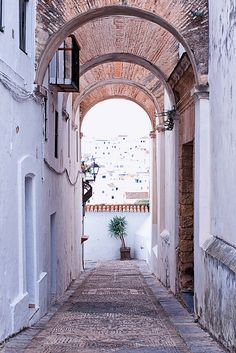 gateway to Vejer de la Frontera, Spain | Leo Andersson