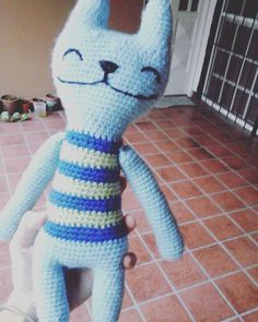 2 Me gusta, 0 comentarios - Pata de lana 🐾 (@pata_de_lana_crochet) en Instagram Lana, Dinosaur Stuffed Animal, Pillows, Animals, Beauty, Instagram, Tejidos, Animales, Animaux