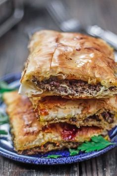 Phyllo Meat Pie Recipe Egyptian Goulash The Mediterranean Dish. Spiced Ground Beef Nestled In Between Layers Of Crispy, Flaky, Buttery Phyllo Dough Recipe Comes With Step-By-Step Photos. An Easy Dinner With A Big Wow Factor Lebanese Recipes, Greek Recipes, Meat Recipes, Cooking Recipes, Arab Food Recipes, Lebanese Meat Pies, Recipies, Dessert Recipes, Cooking Fish