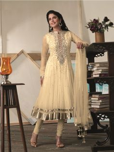 Pakistani salwar kameez dress collection for Eid 2014 consists of stylish and the trendiest salwar kameez for men and women. Just have a look here. Pakistani Frocks, Pakistani Salwar Kameez, Shalwar Kameez, Pakistani Outfits, Churidar, Trendy Collection, Dress Collection, Summer Dresses 2014, Anarkali Frock