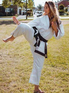 Located in Sacramento's best Karate School.Tokon Martial Arts are Sacramento's premier and best Karate and martial arts training facility Martial Arts Quotes, Best Martial Arts, Martial Arts Workout, Martial Arts Training, Martial Arts Women, Karate Training, Training Workouts, Karate Kick, Female Martial Artists