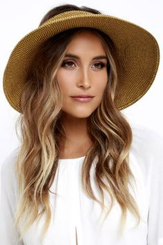 Protect yourself from harmful rays all while looking fab in the San Diego Hat Co. Travel-friendly visor has a brim. Straw Visor, Visor Hats, Straw Hats, Hat Hairstyles, Black Women Hairstyles, Floppy Hats, Honey Brown, Fashion Boots, Fashion Black