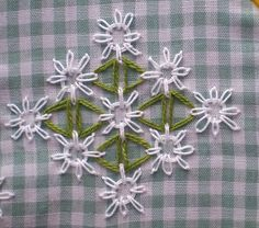 chicken scratch daisies by dianesm, via Flickr