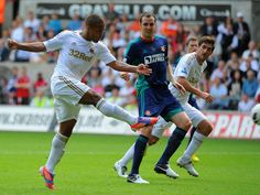 Wayne Routledge cancels out Fletcher's first goal