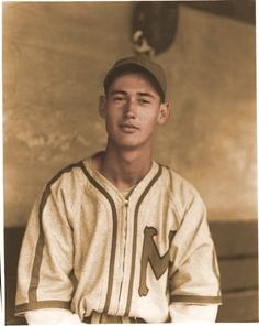 Ted Williams * Legendary Boston Red Sox baseball player who, upon his death in 2002, was cryogenically frozen by his son.