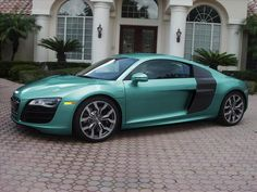 Audi R8 V10 Metallic Turquoise
