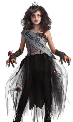 Scare your date to death in this girls gothic prom queen costume! Our kids scary Halloween costumes include many girls goth costumes. Check out all of our zombie prom queen costumes today! Costume D'halloween Fille, Goth Costume, Zombie Prom Queen Costume, Bride Costume, Tween Halloween Costumes, Kids Costumes Girls, Kids Zombie Costumes, Trendy Halloween