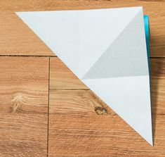 Step by step picture tutorial for making an origami bird with wings that really flap. A free printable handout with all the instructions is included. Origami Flapping Bird, Origami Bird, Coconut Recipes, Texture, Wood, Crafts, Surface Finish, Manualidades, Woodwind Instrument