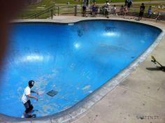 Bondi Beach Skatepark (Sydney, NSW Australia)  #skatepark #skate #skateboarding #skatinit #skateparkreview