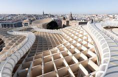 La Ville de Séville a inaugurée le 27 mars dernier sur la Plaza de la Encarnacion cette nouvelle structure monumentale.