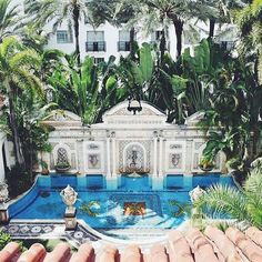 The Villa Casa Casuarina, now a luxury hotel, was once the home of designer Gianni Versace. 5 Secrets of the Versace Mansion - Condé Nast Traveler Casa Versace, Versace Miami, Versace Home, Versace Mansion Miami, Gianni Versace House, Mansion Hotel, Casa Hotel, Hotel Pool, Mansion Bedroom