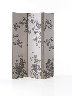 diy room divider plywood and wall paperfabric use white glue clag then finish off optional with a spray of clear lacquer