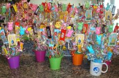 diy candy bouquet | Crafts with Candy: Candy Bouquet Projects submitted by our subscribers ...