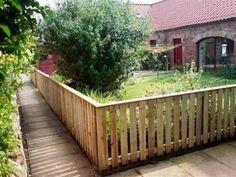 Oplotenie z drevených paliet | Nápady ako využiť drevené palety na ploty
