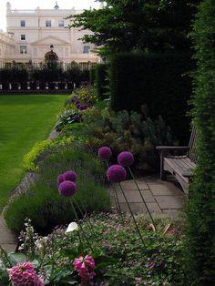 flowersgardenlove:  Regents Park London Beautiful gorgeous pretty flowers