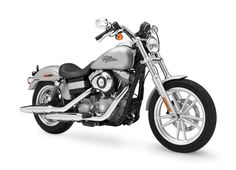 Harley Davidson DYNA Super Glide Custom Overview | Harley Davidson DYNA Super Glide Custom Price | Harley Davidson DYNA Super Glide Custom CC, Average, Available Colors - 100Bikes.com""