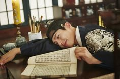 """park bogum in moonlight drawn by clouds ✧ behind the scenes""1000 x 667"" """