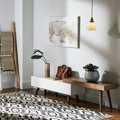 Get the best tables inspiration for you interior design project! Look for more mid-century home decor inspirations at http://essentialhome.eu/