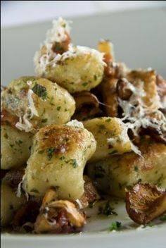 Mushroom Gnocchi *good!* and I really made them minus the parmesan!