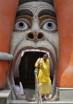 Life in India. I might have to find another entrance....